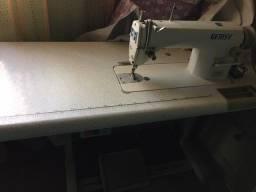 Máquina de Costura Industrial  Gemsy GEM8900 bivolt (110/220V) semi novaA