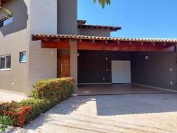 Título do anúncio: Casa de condomínio térrea para venda possui 177 metros quadrados com 3 quartos