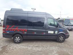 Vende-se Sprinter 415 ano 2015/16