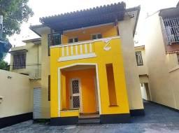 Apartamento tipo casa em condomínio fechado!