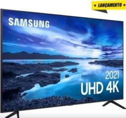 "Título do anúncio: Smart TV 65""UHD 4K Samsung 65AU7700 Processador Crystal 4K Tela sem limites Alexa nova"