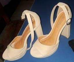 Vende-Se Um Sapato