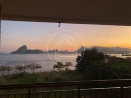 Título do anúncio: Apartamento à venda com 3 dormitórios em Boa viagem, Niterói cod:883623