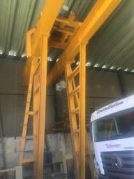 Pórtico rolante para 10 ton. Completo funcionando.
