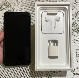 iPhone 8 Plus 64GB estado de zero e acessórios novos (originais)