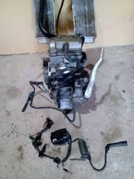 Título do anúncio: Vendo motor de CRF 250R carburada