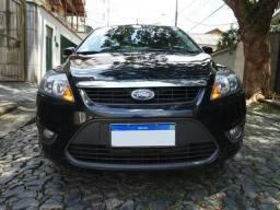 Ford Focus Hatch 2.0 16v Duratec! Manual! Apenas 94.000 Km. Todo Original. Novíssimo!