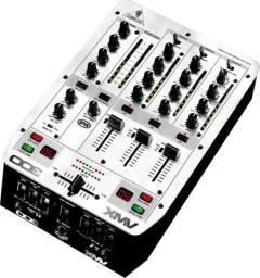 Mix vmx 300 behringer + 2 cdj 500ii