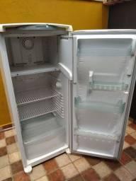 Geladeira Consul Frost Free 300 litros