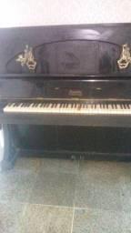 Título do anúncio: Anúncio de um piano