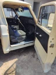 Título do anúncio: 1983 Chevrolet Chevrolet D-10 · Truck · <br><br>Combustível: Diesel<br>Documento ok<br>