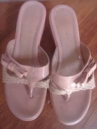 Vendo esses sapatos .meu Whatsapp *