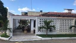 Título do anúncio: Excelente casa em Villas do Atlântico 4/4, condomínio fechado na Avenida Priscila Dutra