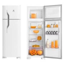 Refrigerador Electrolux Cycle Defrost 260 Litros Branco DC35A