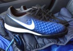 Chuteira Nike, 38
