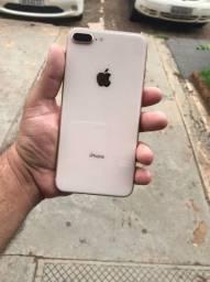 iPhone 8 plus 64gb impecável (parcelamos no cartão e aceitamos usados)