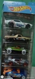 Título do anúncio: Carros rot wereels caixa com 5 carros