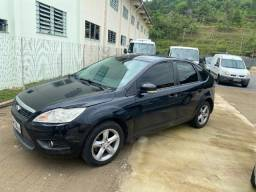 Ford Focus HB 2011 1.6 Manual