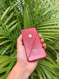 iPhone 8 64gb muito conservado OBS LEIA A DESCRIÇÃO