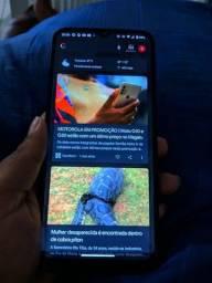 (Motorola one fusion) VENDO OU TROCO por celular inferior a este com volta pra mim