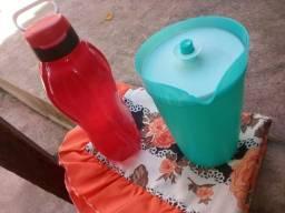 Vendo jarra tuppeware de 2 litros cada uma 80 reias