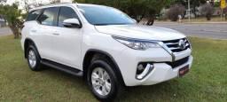 Toyota Hilux SW4 2.7 SR Flex 2017