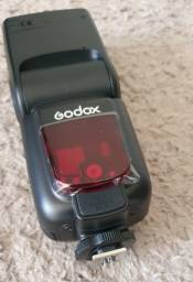 Flash Godox Tt685c P/ Canon Ttl Automático Alta Velocidade Na Caixa