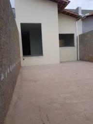 Linda casa jd. Veneza Mogi Guaçu-sp 2 quartos, aceita financiar