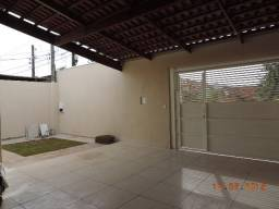 Vendo casa completa em armários, com churrasqueira e espaço para piscina estuda permuta