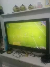 Tv LG ÷7 polegadas fullHD em perfeito estado de funcionamento