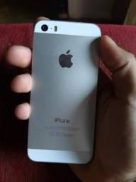 Vendo IPhone 5s ou troco em celular superior
