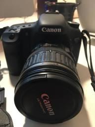 Vendo câmera cânon 7d eos.