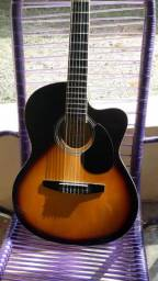 Vendo violão em bom estado de conservação cordas de nylon