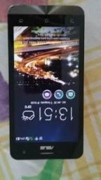 Dois celulares -Zenfone 5 e Xperia E1 D2114