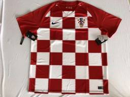 2602b4fd4a Camisa Seleção Croácia Estilo Torcedor Vermelha ou Azul