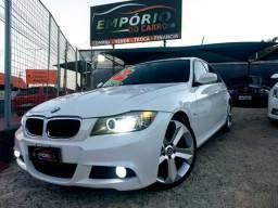 BMW 318I AUT 2012 Rodas 20 TOP (Interno Caramelo) - 2012