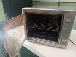 Vendo forno elétrico, em perfeito estado. Preço R$ 250,00