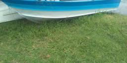 Vendo barco em perfeito estado com motor