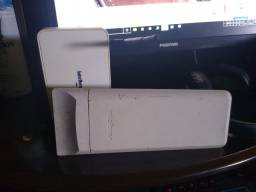 Vendo Um Roteador da Intelbras e uma Antena woon500