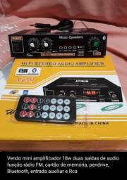 Amplificador com apenas18wats medindo 19×16×5cm novo