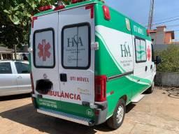 Ambulância UTI Movel