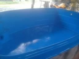 Vende-se piscina R$ 5.000,00 c/ filtro e bomba