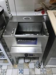 Maquina de fazer picolé finamac completa