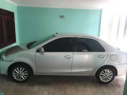 Toyota etios sedan 1.5 gnv