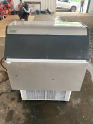 Maquina de gelo everest