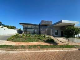 Casa á venda - Cond. Oásis do Rio Paraná