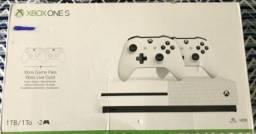 Título do anúncio: Xbox One S 1Tb Novo Lacrado