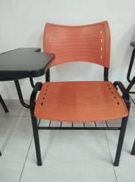 Cadeira com braço (96 unidades)
