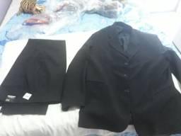 Vendo blazer preto completo