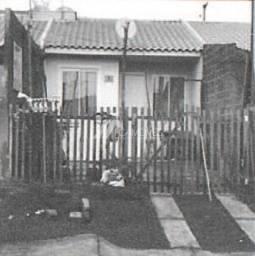 Casa à venda com 2 dormitórios em Uvaranas, Ponta grossa cod:35a1c121c74